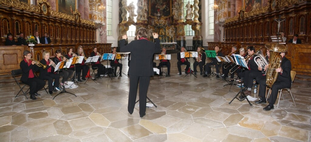 Posaunenchor: Die Posaunenchöre der Gnaden- und der Erlöserkirche beim Abschlussgottesdienst am Sonntag, 21. Juni. Foto: Deschauer